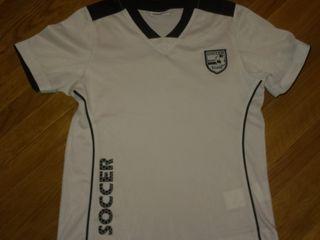 Спортивная одежда Liverpool Adidas на 10-13 лет