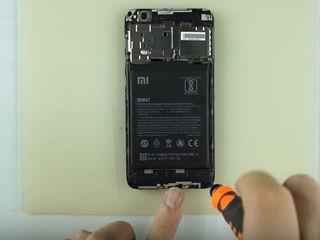 Xiaomi Mi Mix 2 Полетела зарядка? Приноси – исправим! Dacă telefonul tău nu se încărca, poate exista