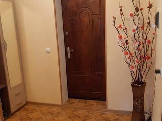 Apartament or. Floresti