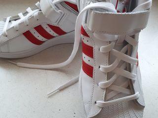 Кроссовки новые. Размер 40,5.