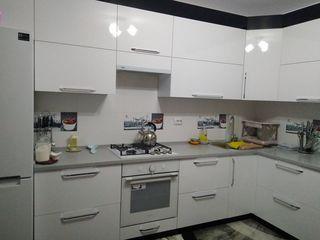 Se vinde apartament nou, cu reparatie-euro