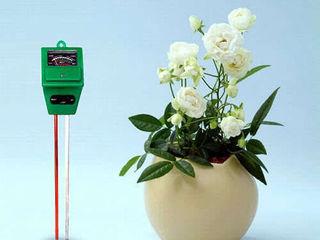 Измеритель влажности, кислотности и освещенности почвы
