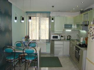 Ofertă unică - Cricova casă în 2 nivele de 140 m2 cu 4 ari
