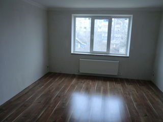 3 odai etaj 2 mijloc in rate