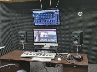 Studiou de înregistrare și producție muzicală / студия звукозаписи