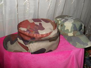 продам две камуфлированные кепки размер:57-58 другая 54-55 по 70 лей все сразу за 100 лей