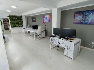 Bd.Stefan cel Mare, 69. Cдаются помещения от 18 -120  м2 под офисы, call center, массажные кабинеты.