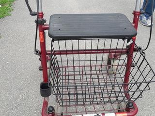ходунок для инвалидов или пристарелых