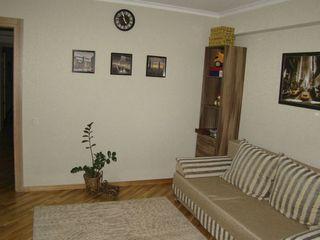 Centru! Glorinal! Apartament cu 3 odai in bloc nou! euroreparaie, mobila! 87 900 €