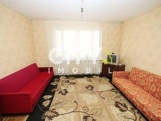 Se da in chirie apartament cu 3 camere Chișinău, Centru 69 m