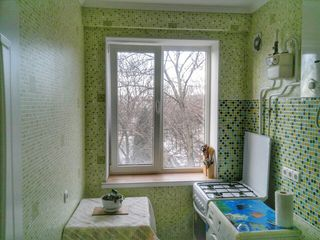 2-комнатная, по ул. Дзержинского (центр)