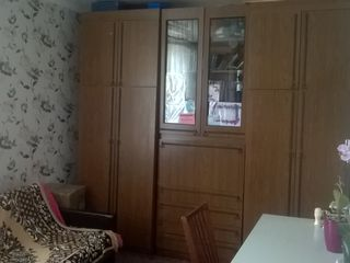 Urgent apartament cu 1 camera si depozit cadou