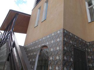 Dumbrava, Duplex, pentru doua familii, intrari separate, linga padure