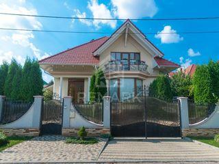 Se dă în chirie casă în 2 nivele, sectorul Râşcani! 1600 €