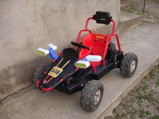 Детская  машина 12вольт