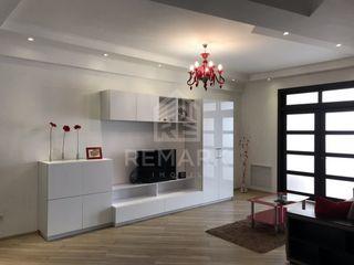 Chirie  Apartament cu 3 odăi, Centru,  str. Sfatul Țării, 800 €