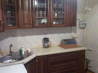 Продаётся 4х- комнатная квартира в центре Тирасполя.