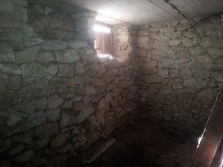 Se vinde casa de locuit cu teren de 8 sote sau schim pe apartament + €