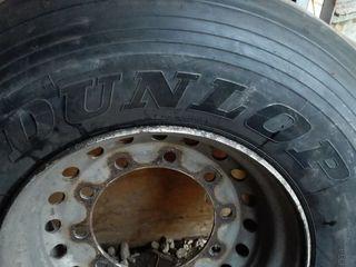 Dunlop новые прицепные- R 22,5, Диски -40 евро