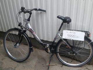 Женский велосипед в хорошем состояние.