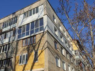 Se vinde apartament cu 3 + living odai in sec. Buiucani, mobila, 67 m.p.! 53 800 €
