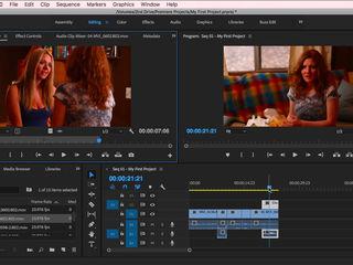 Editez videoclipuri și poze