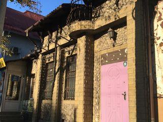 Se da in chirie pe București, 152 m2, prima linie, 850 euro