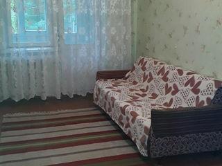 Продаётся 2-х комнатная квартира в центре Комрата