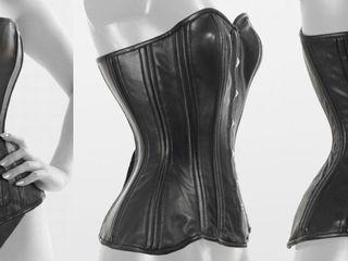 Натуральный чёрный кожаный корсет / Corset negru din piele naturală