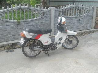 Kawasaki MAX 100
