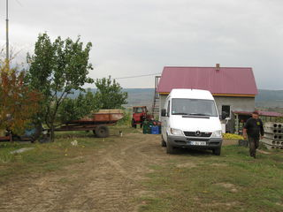 Activitate agricola.60 ha.Baza tehnica si materiala.