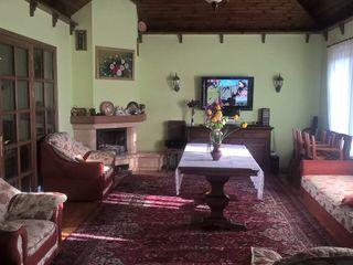 Продам 3-ех этажный дом в Вадул луй-водэ.