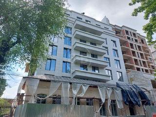 Apartament cu 1 cameră în variantă albă, lângă Parcul Catedralei