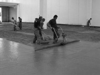 Pardoseli Industriale, Podele din beton.