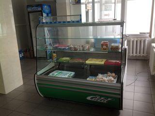Продаем  холодильную витрину g14