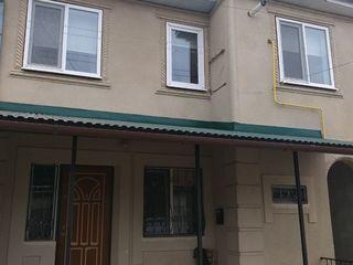 Vânzare 2 apartamente , 55 mp și 34 mp, reparație euro, Sîngerei, 31 000 euro!
