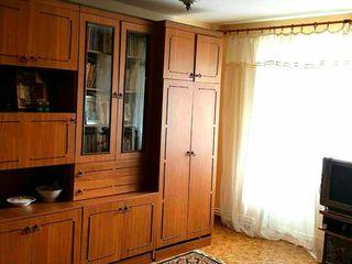 Продаю 2-х комнатную квартиру. В квартире есть всё что нужно для проживания, автономка