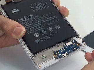 Xiaomi Mi Mix 2S Iară nu se încarcă? Vom înlocui baterie fără probleme!