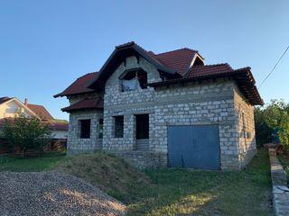 Casa in orasul Floresti, str. Stefan cel Mare.