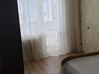 Chirie  apartament cu trei odai. str.studentilor.