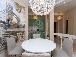 Chirie  Apartament cu 3 odăi, Centru,  str. Lev Tolstoi, 500 €