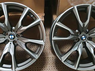Jante originale BMW X7 cu anvelope Pirelli