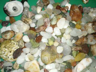 Натуральные камни для аквариума.Составляем декор по желанию. Мостики, фигурки...
