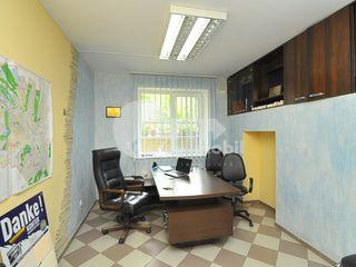 Oficiu la Buiucani, str. N. Costin, 55 mp, 40000 €!