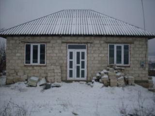 Se vinde casa in satul Mindrestii Noi 9km de la Balti