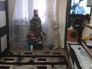 Vind  apartament cu 2.kamere sectorul Buikani apartamentul sevinde mobilat