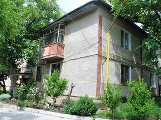 3 camere, etajul 2