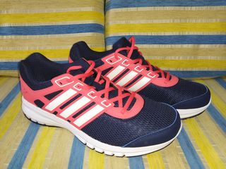 Новые женские кроссовки Adidas