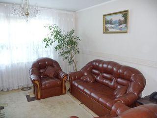 Chirie! Botanica, bd. Dacia, 3 odăi, 69 m2, et. 5, Euroreparație!