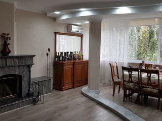Apartament 3 camere, regiunea Flacara, direct de la proprietar